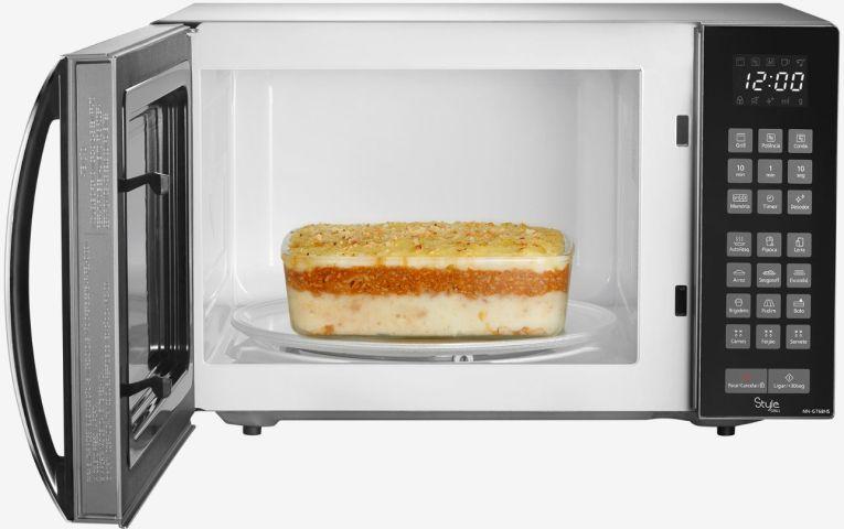 Forno de microondas Panasonic Style 30 litros grill - NN-GT68HS - aberto