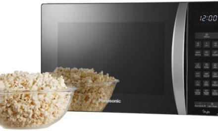 Microondas com porta espelhada – Panasonic Style 30 litros – NN-ST674