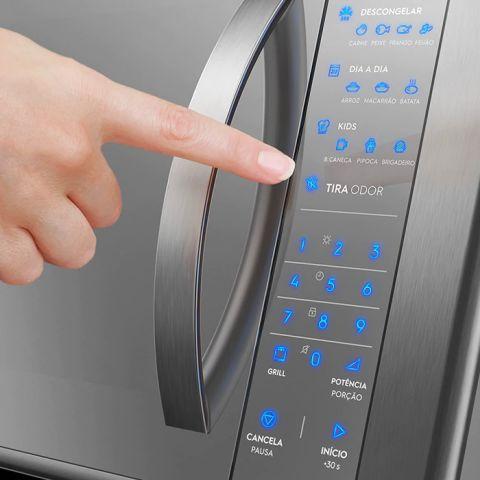 Como utilizar a função grill do Microondas Electrolux 31 litros - ME41X