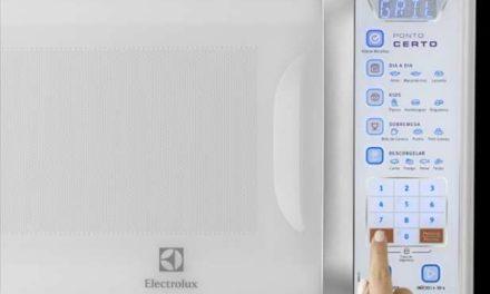 Como descongelar alimentos com microondas Electrolux 31 litros – MB41G