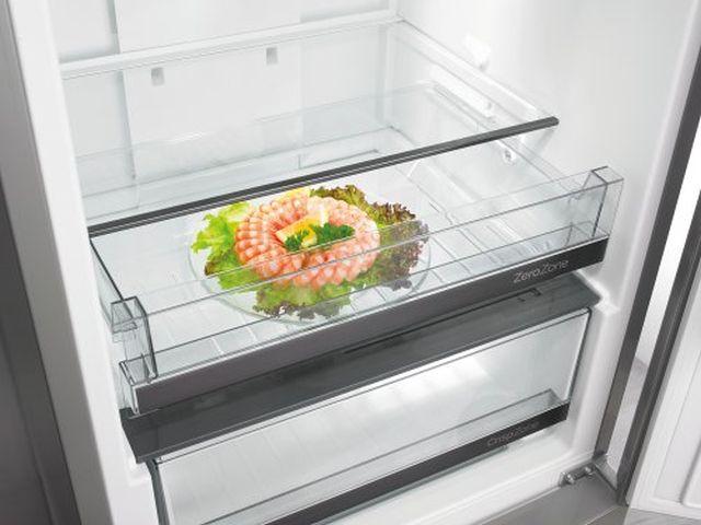 Dimensões da geladeira Gorenje Bottom Freezer Preto 307 litros