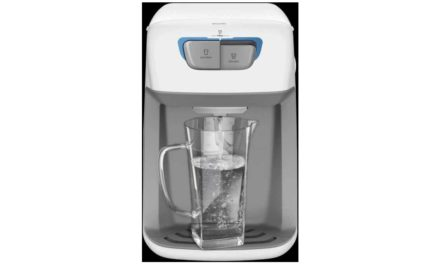 Manual de instruções do purificador de água Electrolux PC41B